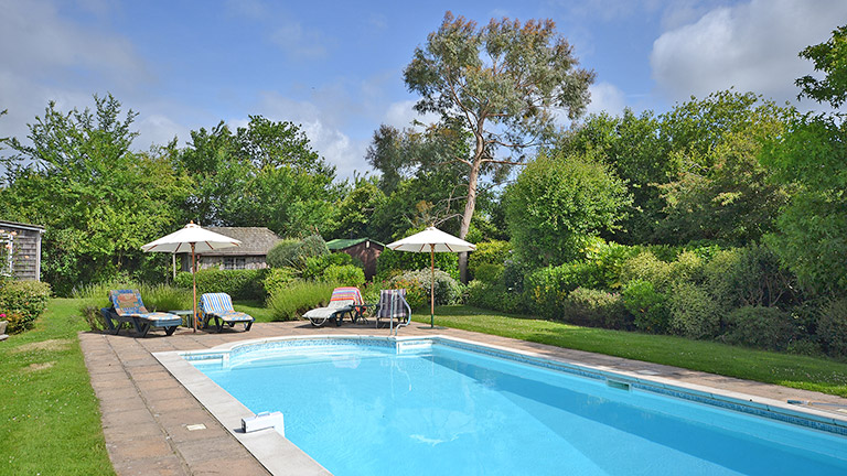 New forest cottages with swimming pools new forest - Houses to rent in uk with swimming pools ...