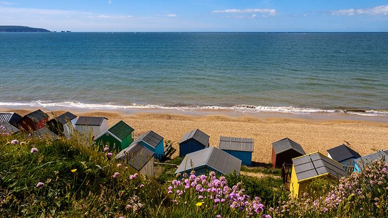 milford-on-sea-beach