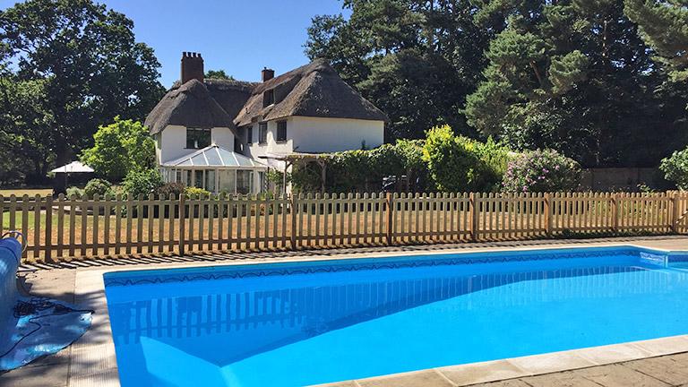 thatchby-oak-swimming-pool