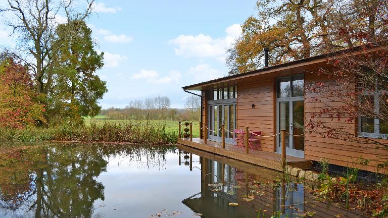 Riverside-Lodge