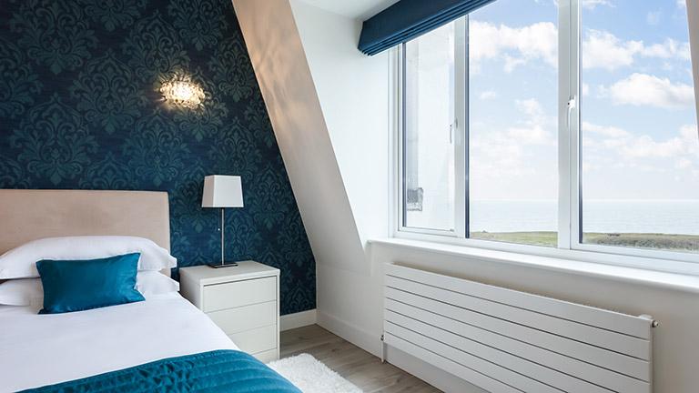 solent-view-master-bedroom
