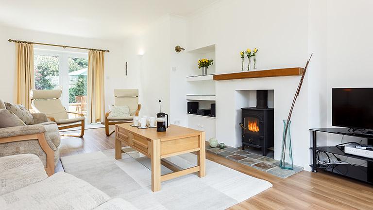 limen-house-living-room